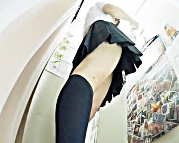 女子校生の脱衣盗撮